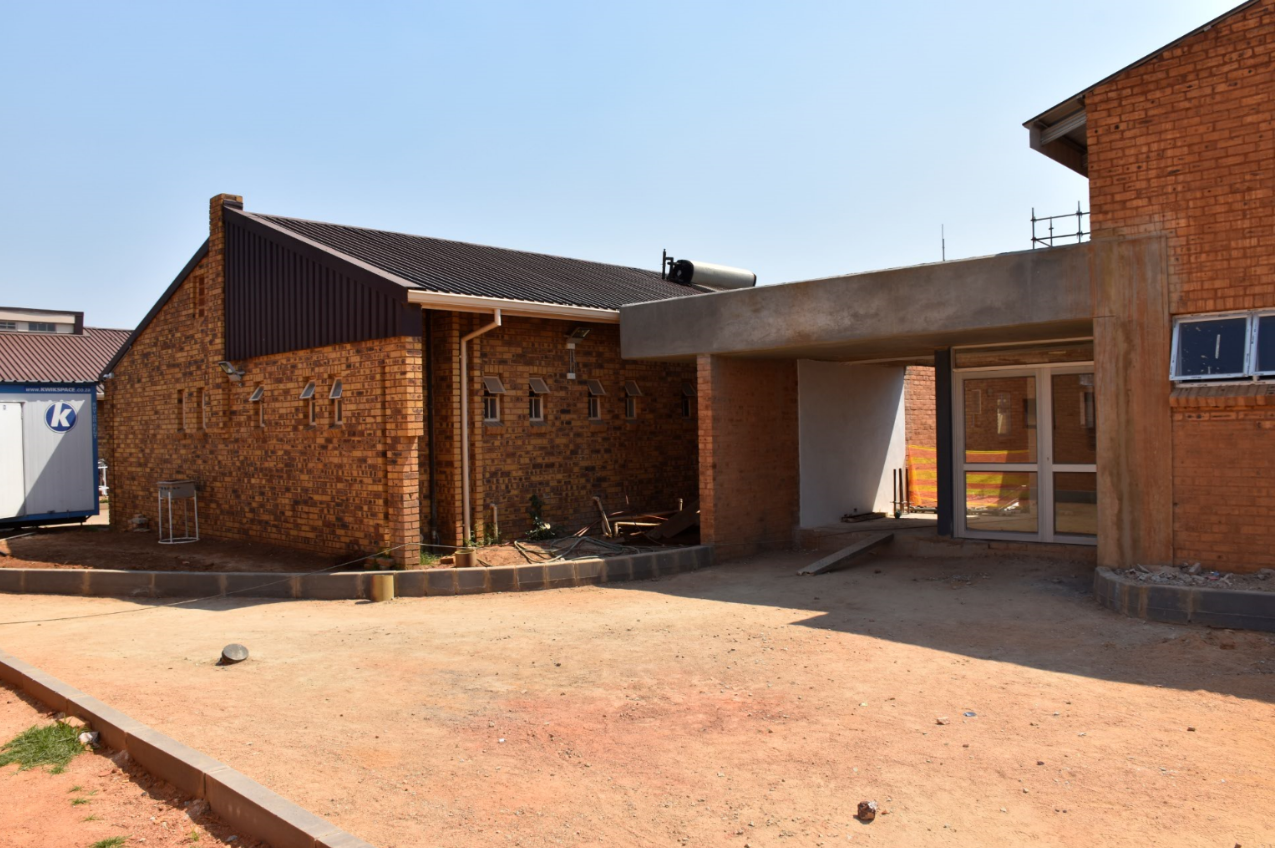 Low res 19 - Project Update 1: Phillip Moyo Community Health Centre